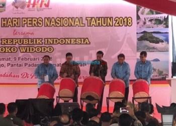 Peringatan HPN 2018 di Danau CImpago, Pantai Padang, Jumat (9/2). (humas)