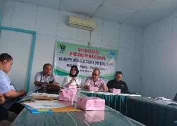 Kadinkes Sumbar mensosialisasikan imunisasi campak dan rubella di kantor PWI Sumbar, Rabu (11/7). (baim)