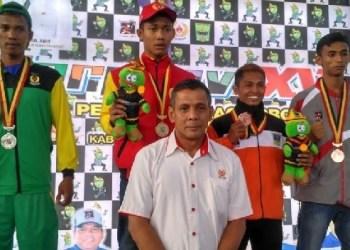 Atlet wushu Padang panen emas di Porprov XV. (der)