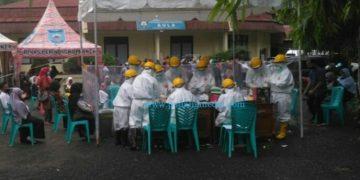 Tes swab hasil pelacakan kasus positif di Kota Sawahlunto beberapa waktu lalu (Dok. Pmc)
