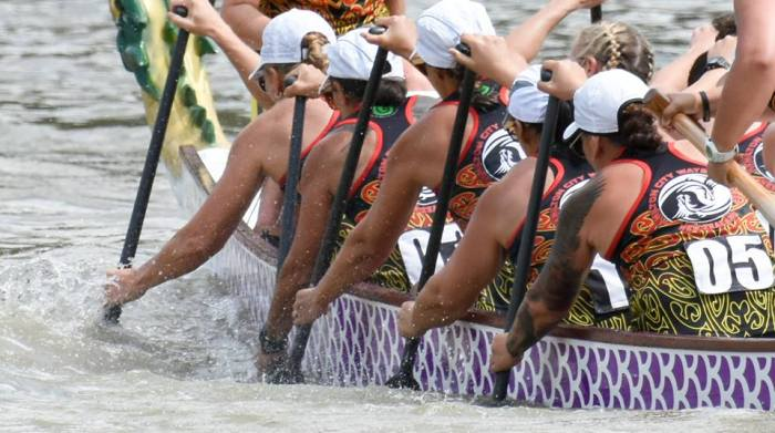 Women's dragon boat team