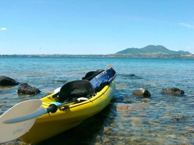 Kayaking in Lake Taupo