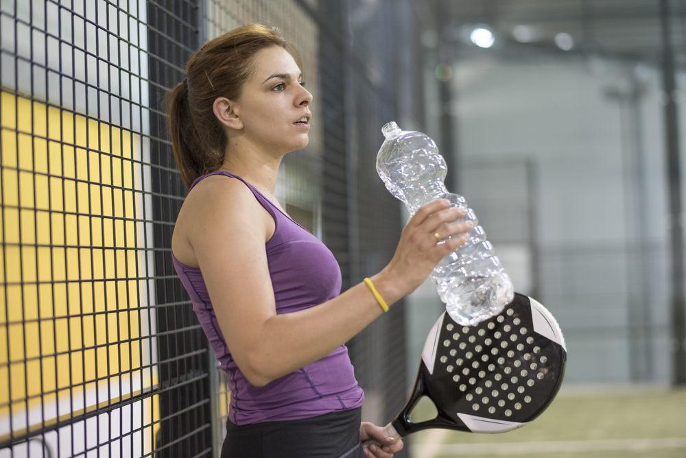 Consejos hidratación en padel
