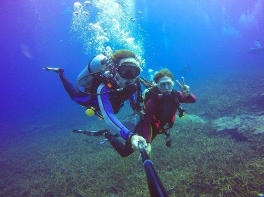 Scuba Diver Selfie - Women in Diving - Underwater Selfie