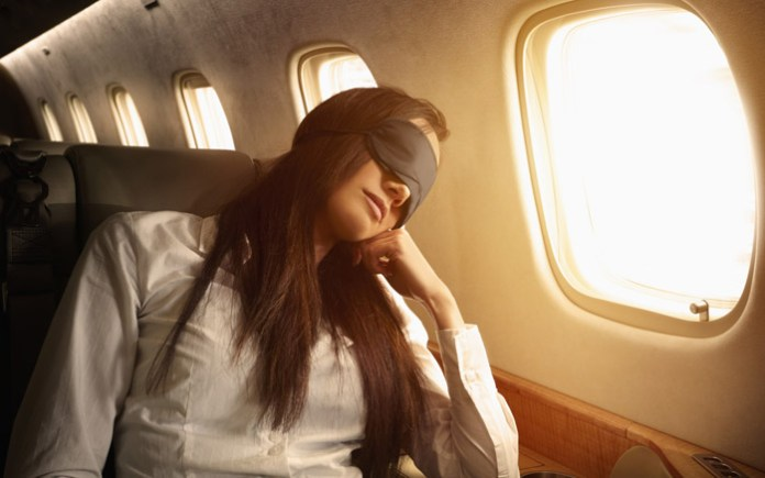 lucir-hermosa-mientras-viajas-dormir