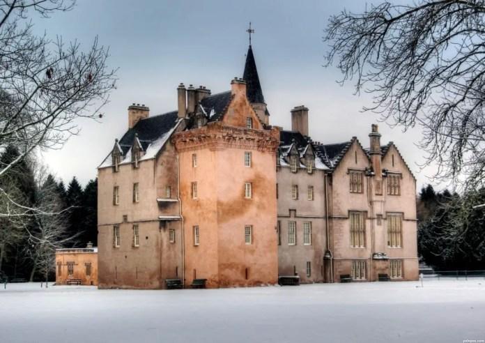 castillos embrujados de escocia