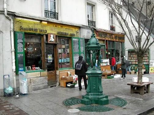 viajar en el tiempo a la París de los años 20s