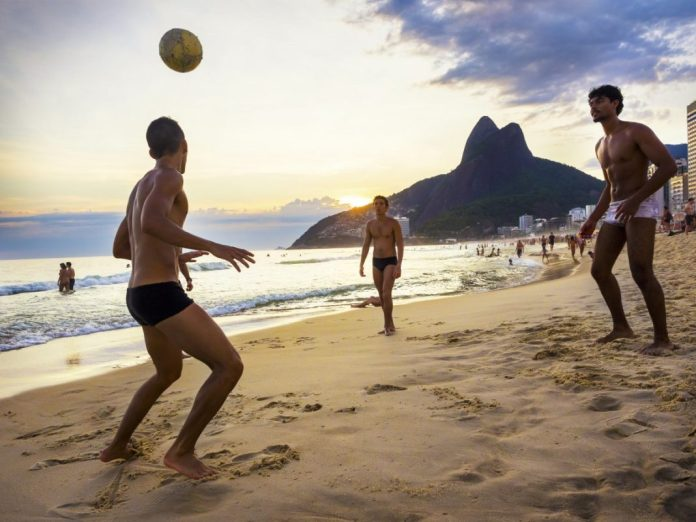 deportes de playa rio de janeiro