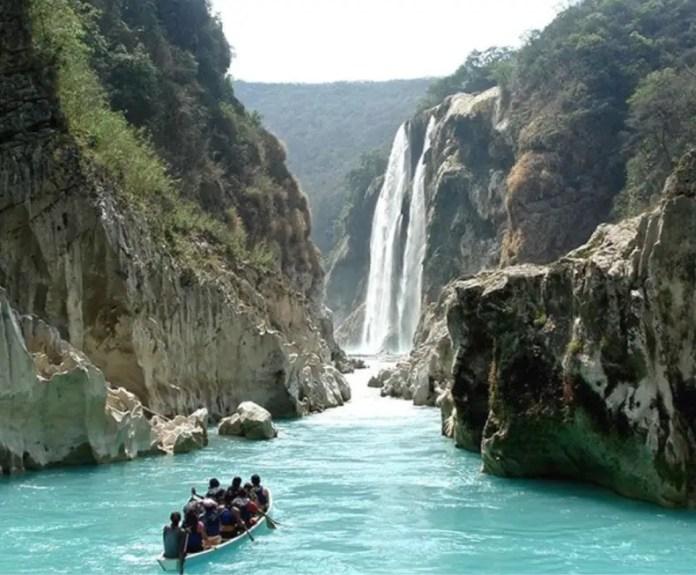 cascada de tamul mexico