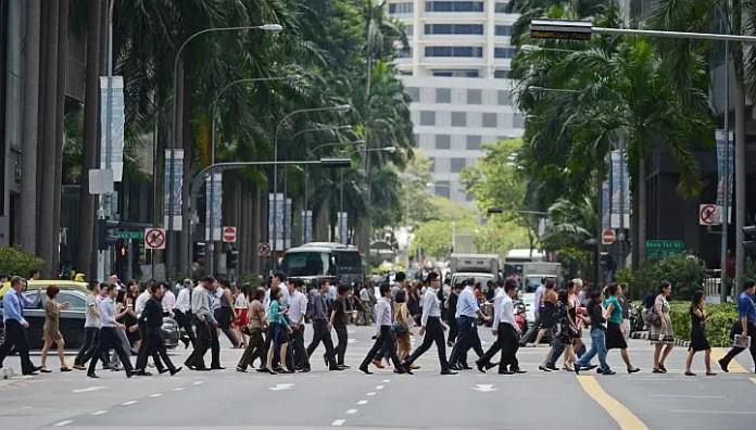 que es ilegal en singapur