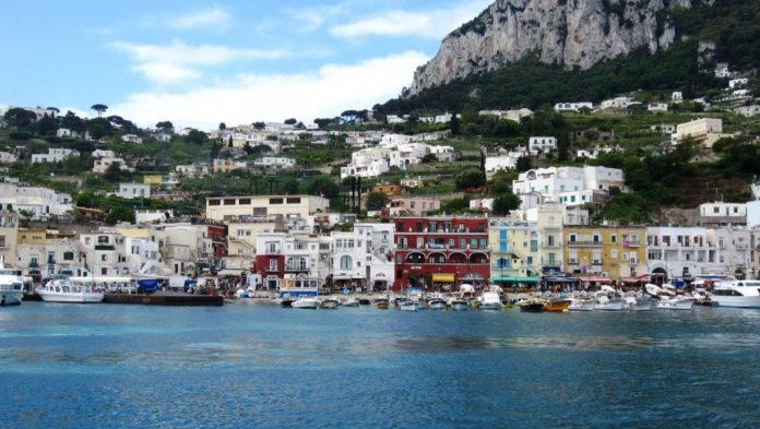 mar mediterraneo islas