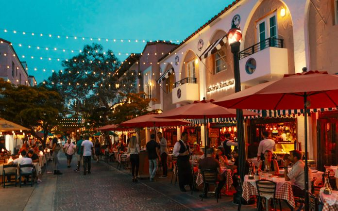 Espanola-Way-Miami-Beach