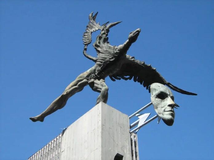Turismo en Manizales: Escultura Bolívar Cóndor