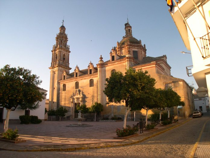 iglesia san pedro sevilla