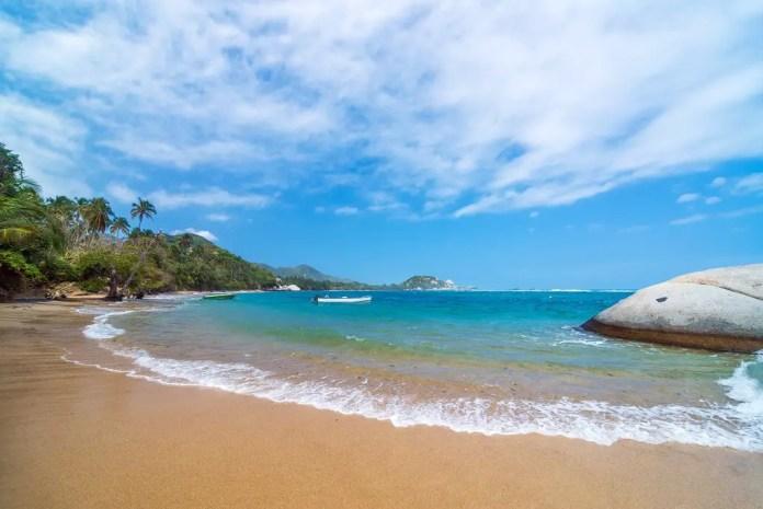 Playas que debes visitar en Santa Marta: La Piscina