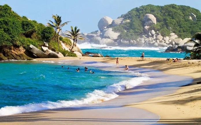 Playas que debes visitar en Santa Marta