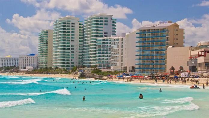 Mejores Playas de Cancún: Chac Mool