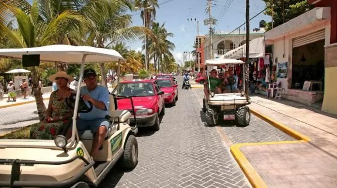 Cómo transportarse en Isla Mujeres