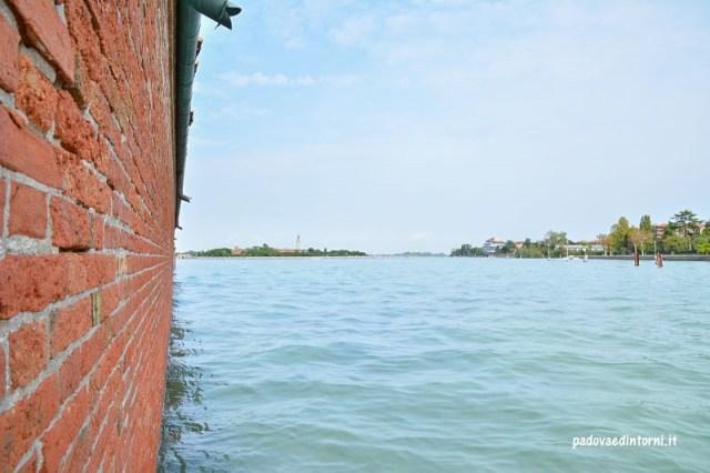 Lazzaretto vecchio Venezia - vista su Venezia ©RobertaZago padovaedintorni.it