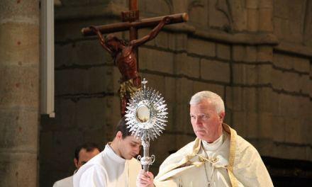 Bispo Diocesano reúne com catequistas.