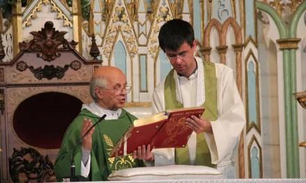 """Jornal """"A Guarda"""": homenagem ao padre Eugénio Sério."""
