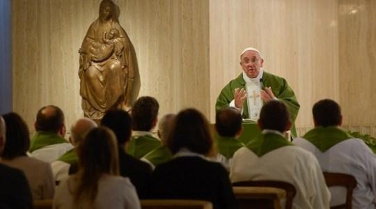 Papieska Msza: potrzeba troski o tożsamość
