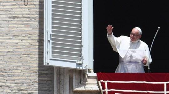 Potrzeba modlitwy i umartwienia, aby ubłagać nawrócenie(Vatican Service News - 14.05.2017)