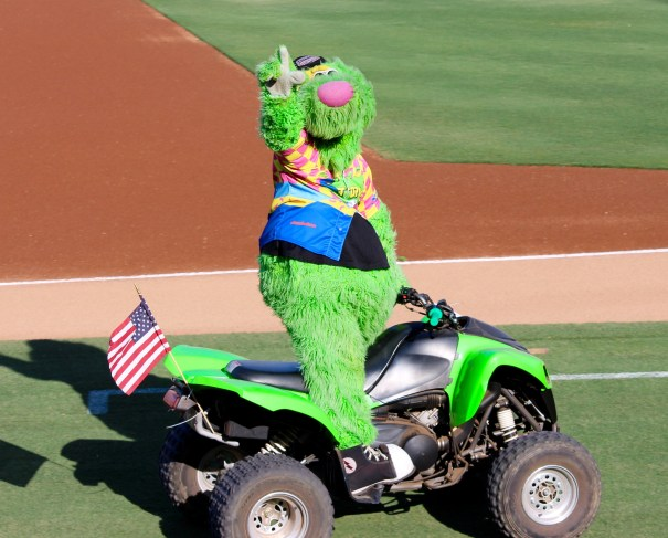 Lake Elsinore Storm Double Dare Night THUNDER!!!