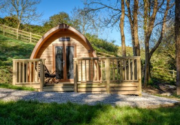 Padstow-creek-holiday-accommodation-cornwall-luxury-glamping-pods2-8