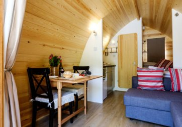 Padstow-creek-holiday-accommodation-cornwall-luxury-glamping-pods-padstow-3