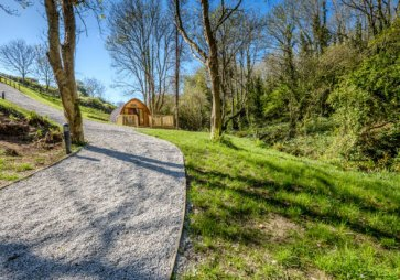 Padstow-creek-holiday-accommodation-cornwall-luxury-glamping-pods-padstow-8