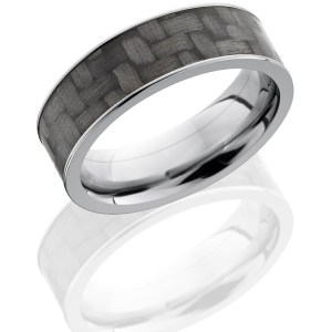 Men's 7 mm wide, flat, Titanium band with one 6 mm Centered inlay of Carbon Fiber with a polish finish.