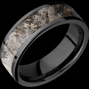 Men's 8 mm wide, flat, Zirconium band with one 6 mm wide centered inlay of King's Desert Camo with a polish finish.
