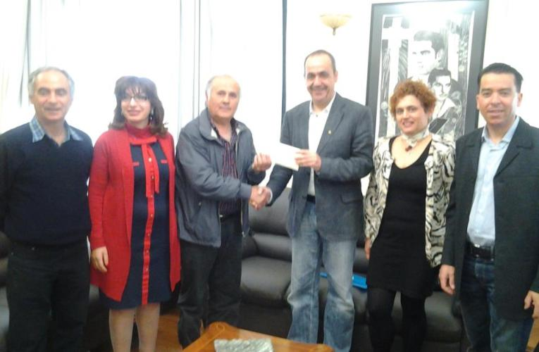 Οι κολυμβητές πρόσφεραν 850 ευρώ, σε κουπόνια στο Παντοπωλείο του Δήμου Πάφου