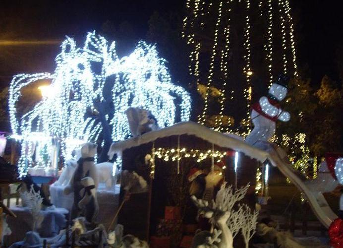 Χριστουγεννιάτικο Ωράριο Καταστημάτων