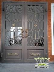 Pintu Besi Tempa Klasik (33)