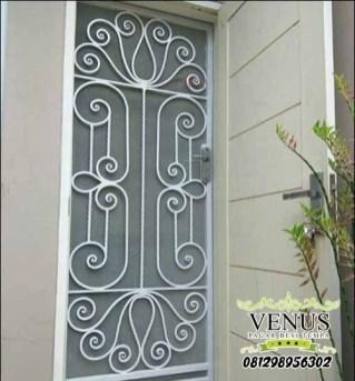 pintu-teralis-minimalis-model-klasik
