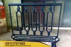 Railing-Balkon-Besi-Tempa-Klasik-Mewah-Modern-1