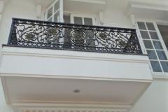 Railing-Balkon-Besi-Tempa-Klasik-Mewah-Modern-13