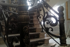 Railing-Tangga-Besi-Tempa-Klasik-Mewah-Modern-129