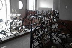 Railing-Tangga-Besi-Tempa-Klasik-Mewah-Modern-136