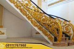 Railing-Tangga-Besi-Tempa-Klasik-Mewah-Modern-144