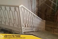 Railing-Tangga-Besi-Tempa-Klasik-Mewah-Modern-170