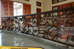Railing-Tangga-Besi-Tempa-Klasik-Mewah-Modern-38