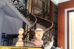 Railing-Tangga-Besi-Tempa-Klasik-Mewah-Modern-85