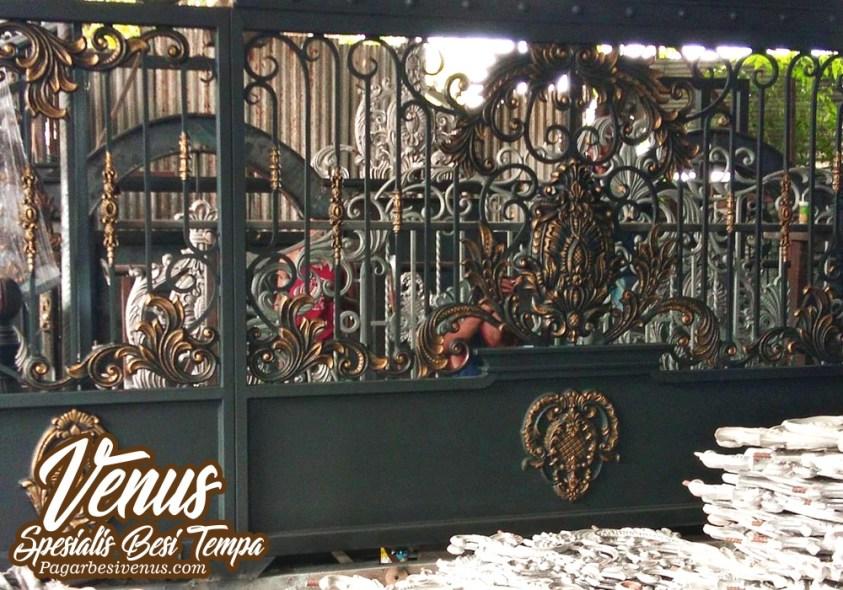 Harga Pintu Pagar Besi Tempa Klasik