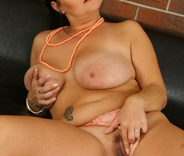 Horny Busty Mature Moms  C B