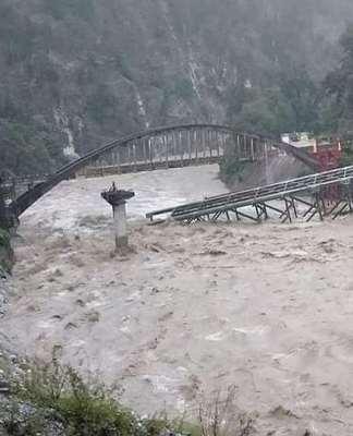 Heavy rain in uttrakhand: