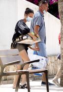 alicia vikander spotted having lunch with friends in ibiza 13. o 128w 186h