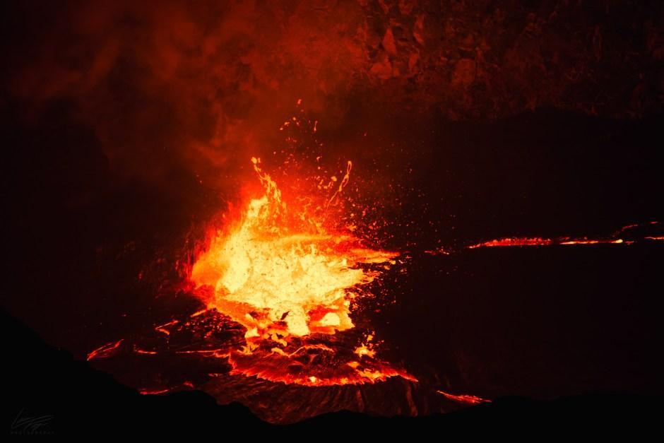Volcanic Tides - Lava spatter in Halemaumau's lava lake.